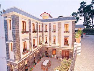 Sun n Snow Inn - Hotel and accommodation in India in Kausani