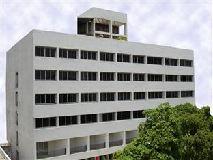 Hotel Surya - Hotell och Boende i Indien i Vadodara