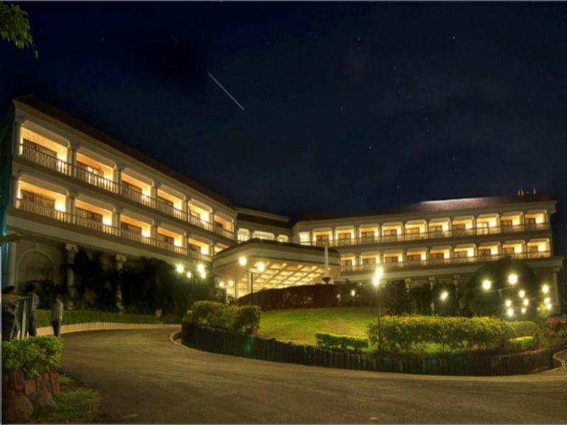 The Lagoona Resort - Hotell och Boende i Indien i Lonavala