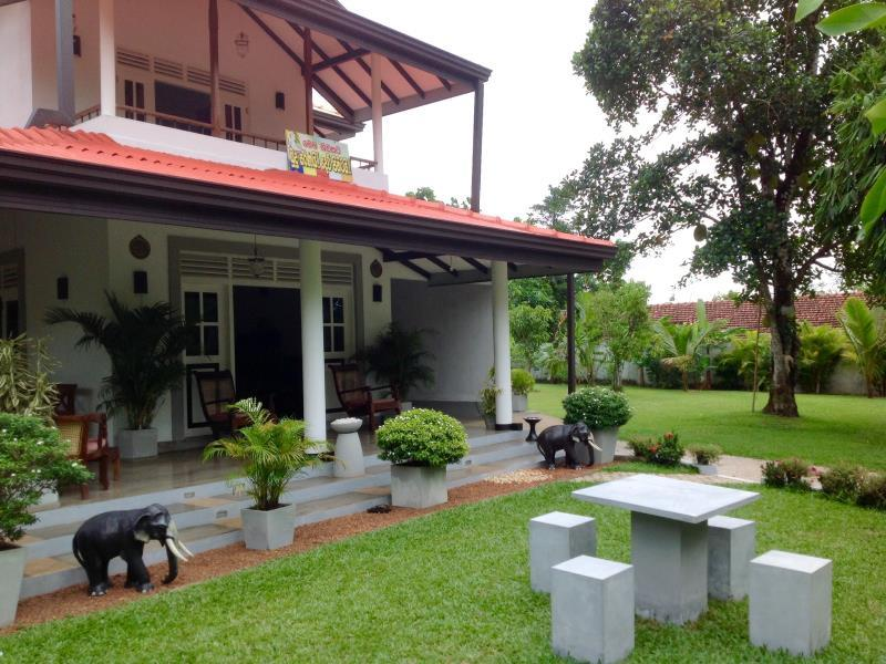 Villa Shanthi - Hotels and Accommodation in Sri Lanka, Asia