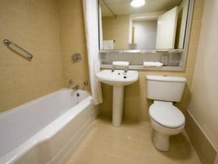 Blooms Hotel Dublin - Bathroom