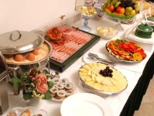 Hotel Adlon Vienna - Buffet