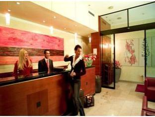 Small Luxury Hotel Das Tyrol Wien - Vastaanotto