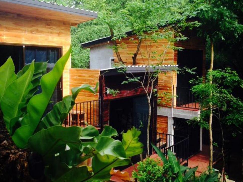Bang Wela @Suanphung Resort - Hotell och Boende i Thailand i Asien