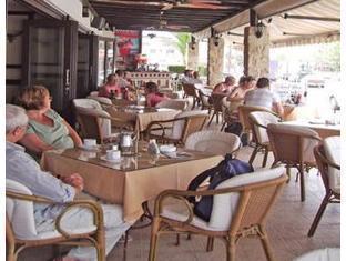 Tasmaria Hotel Apartments Paphos - Coffee Shop/Cafe