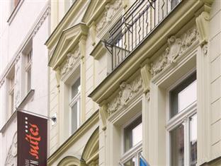 DownTown Suites Prague - Hotel Exterior