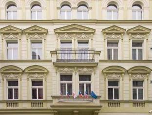 DownTown Suites Prague - Exterior