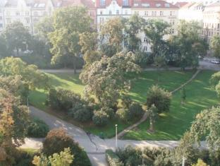 Residence La Fenice Praha - Ympäristö