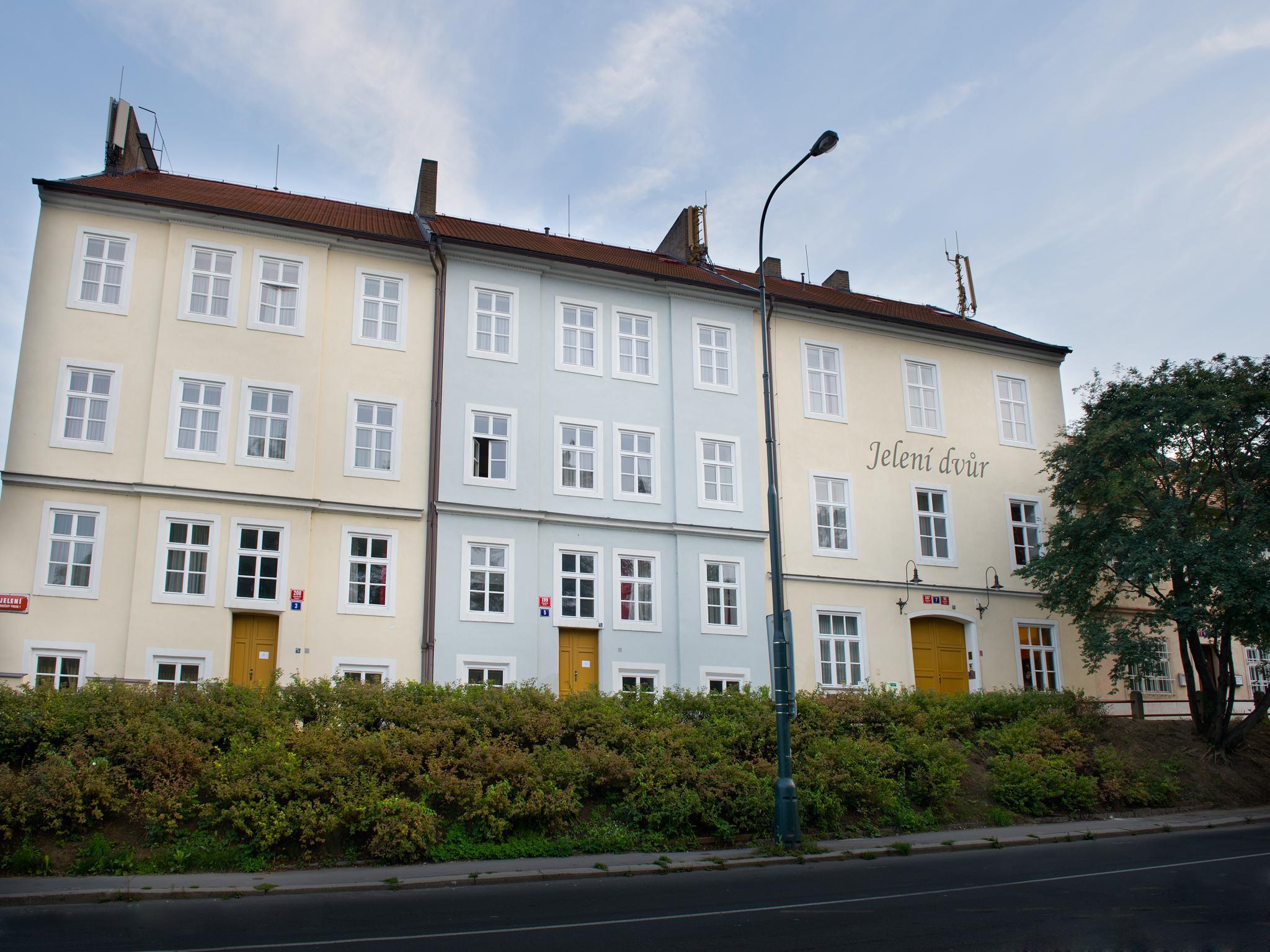 EA Hotel Jeleni Dvur - Prague