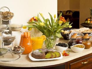 Boutique Hotel Seven Days Prague - Buffet Breakfast