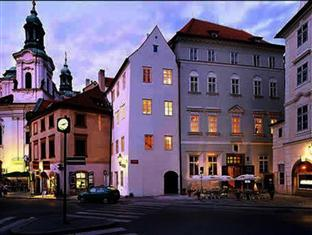 Hotel U Tri Bubnu Praag - Entree