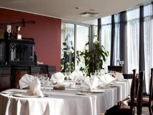 Spa Hotel Ruutli קורסארה - מסעדה