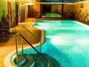 Hotel Rocca al Mare تالين - حمام السباحة