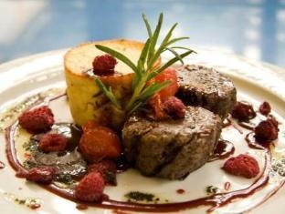 Hotel Rocca al Mare تالين - المطعم