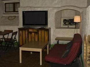 Tallinn Old Town Hostel Alur טלין - בית המלון מבפנים