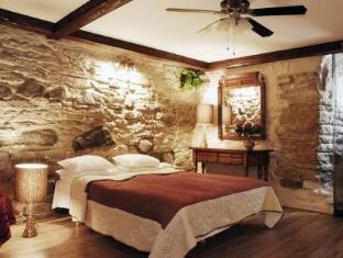 OldHouse Apartments تالين - غرفة الضيوف