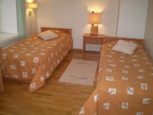 Romeo Family Apartments טלין - חדר שינה
