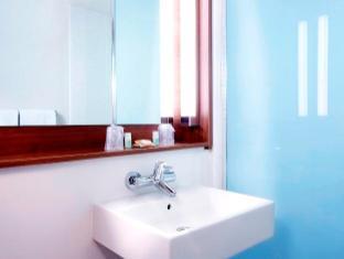 Campanile Annemasse Geneve Hotel Annemasse - Bathroom