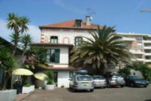 Hotel Residence Le Grillon