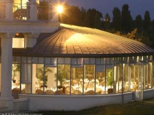 โรงแรมดอลซ์ชานทิลี ฌองติลิ - ภัตตาคาร