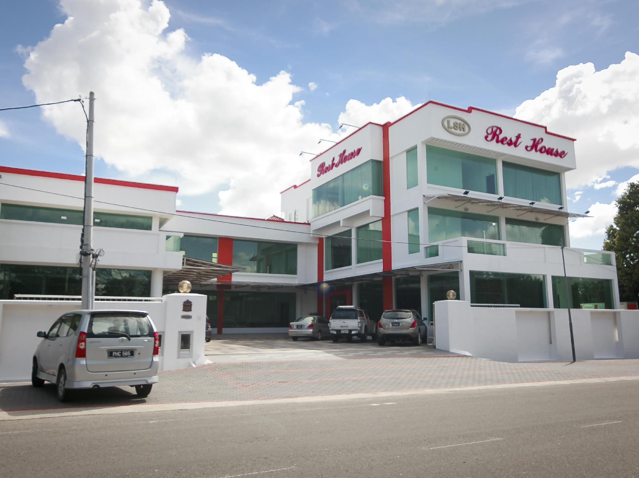 LSH Rest House - Hotels and Accommodation in Malaysia, Asia