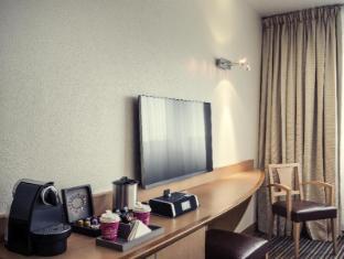 Mercure Paris La Defense 5 Hotel Paris - Guest Room