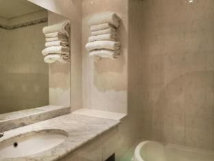 Hotel Claude Bernard Saint Germain Paris - Bathroom