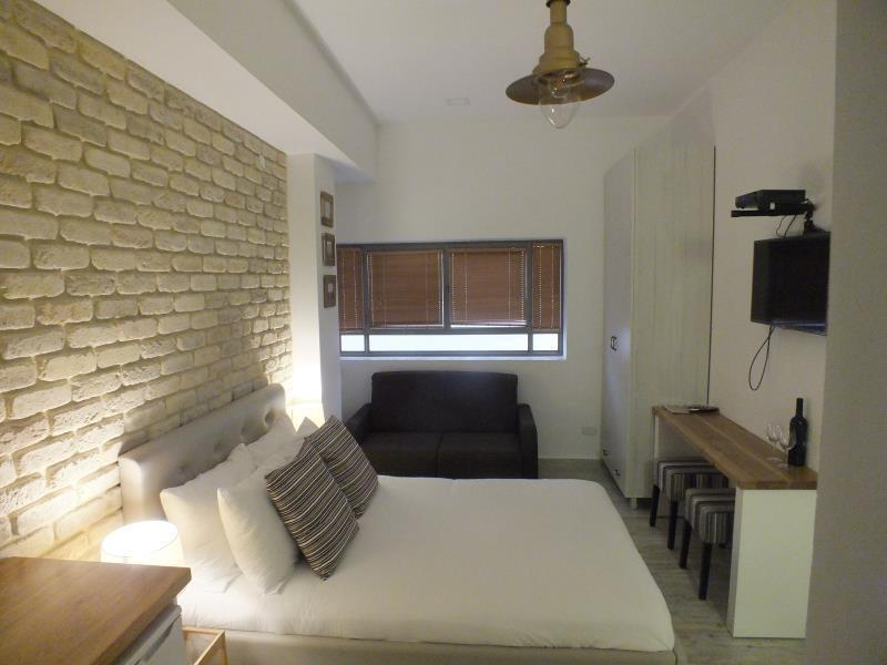 Bankers Boutique Apartment - Hotels and Accommodation in Israel, Middle East