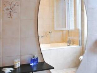 Eden Montmartre Parijs - Badkamer