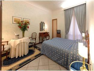 Hotel Goldoni Florence - Guest Room