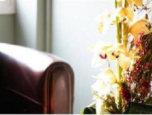 Kyriad Paris Ouest Puteaux La Defense Hotel Parijs - Hotel interieur