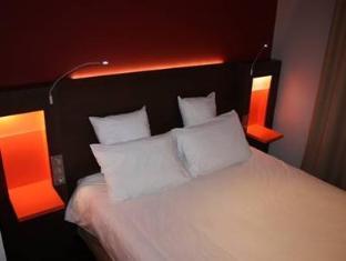 Kyriad Paris Ouest Puteaux La Defense Hotel Parijs - Gastenkamer