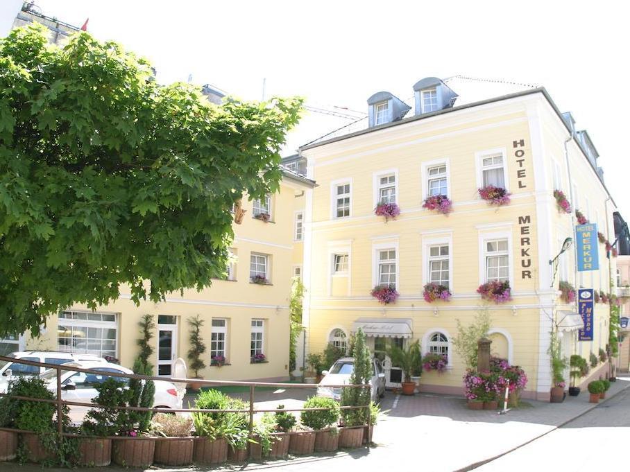 Hotel Merkur - Baden-Baden