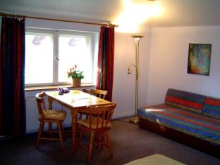 Apartment Hotel Landhaus Lichterfelde برلين - غرفة الضيوف