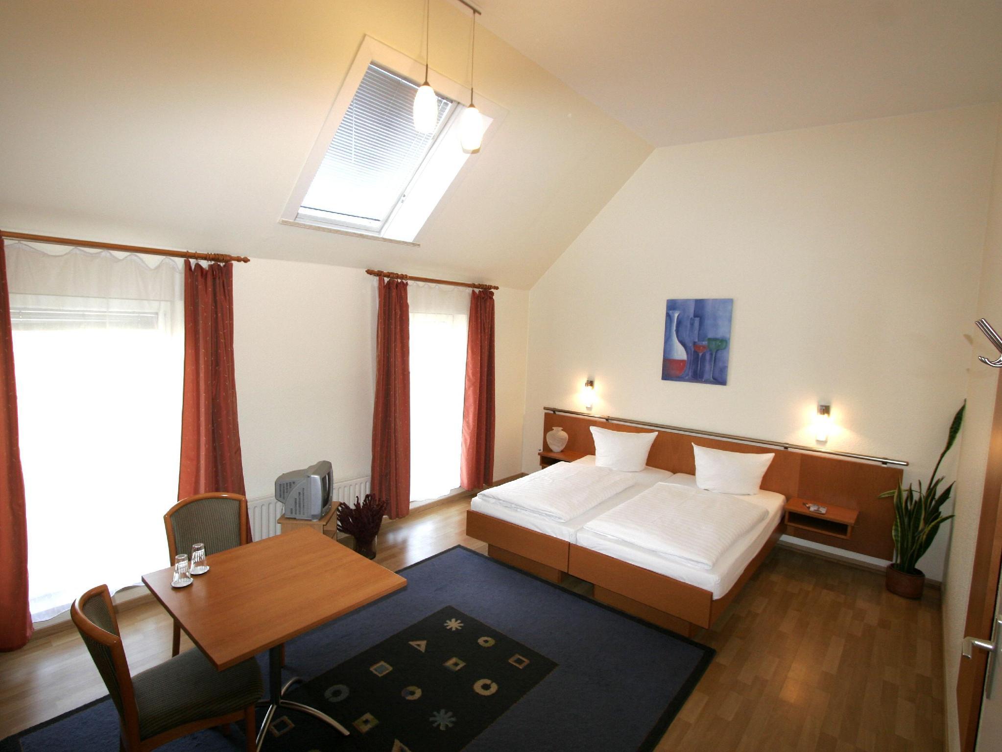 Hotel Pension Arta - Hotell och Boende i Tyskland i Europa