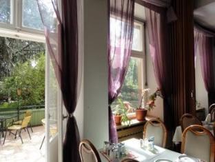 Hotel Graf Puckler Berlin - Balkong/terrass