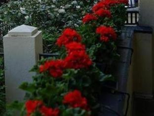 Hotel-Pension Majesty Berlin - Balcony/Terrace