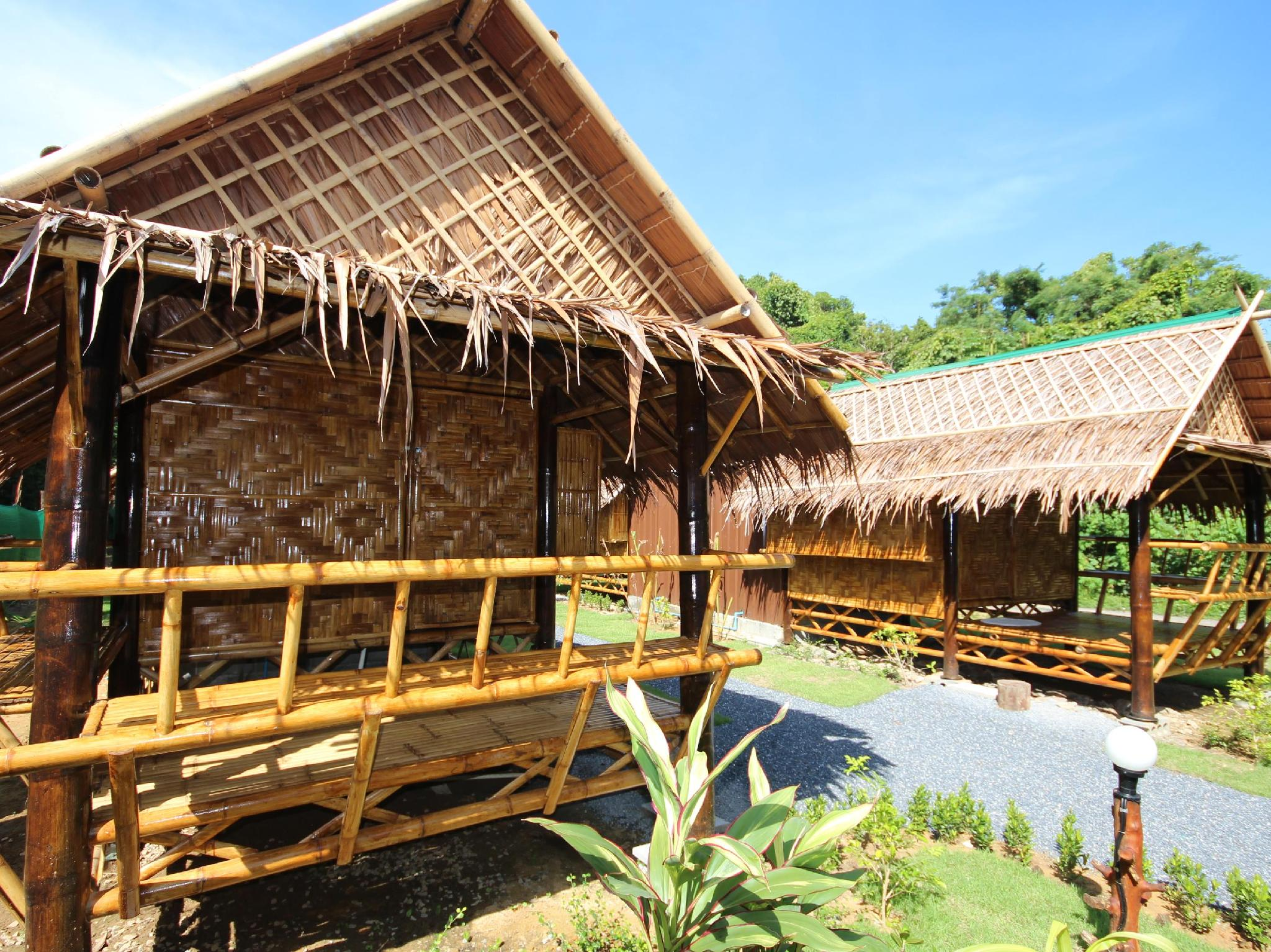 Phuhaya Bamboo Bungalows - Hotels and Accommodation in Thailand, Asia