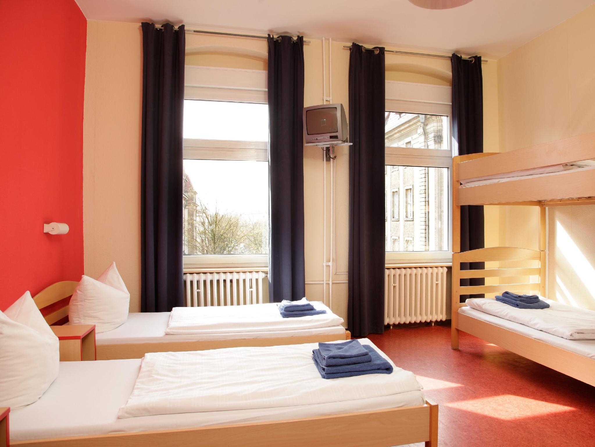 acama Hotel + Hostel Schöneberg - Hotell och Boende i Tyskland i Europa