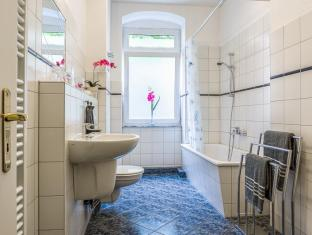Hotel 1A Apartment Berlin Берлин - Баня