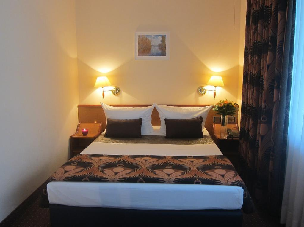 Hotel Atrium - Hotell och Boende i Tyskland i Europa