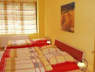 Pension Michael Berlin - Guest Room