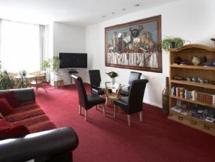 Art Hotel Charlottenburger Hof Berlin Berlin - Guest Room