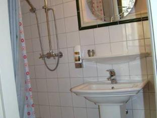 호텔 알테 갤러리 베를린 - 화장실