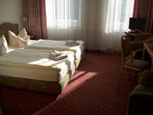 Gold Hotel am Wismarplatz ברלין - חדר שינה