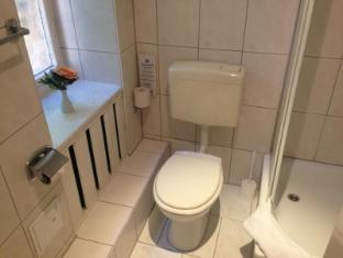 Hotel Seifert Berlin Berlin - Bathroom