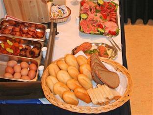 Hotel Comenius Berlin - Breakfast