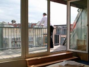 Hotel Comenius Berlin - Balcony/Terrace