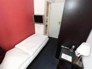 Hotel Metropolitan Berlin Berlin - Guest Room