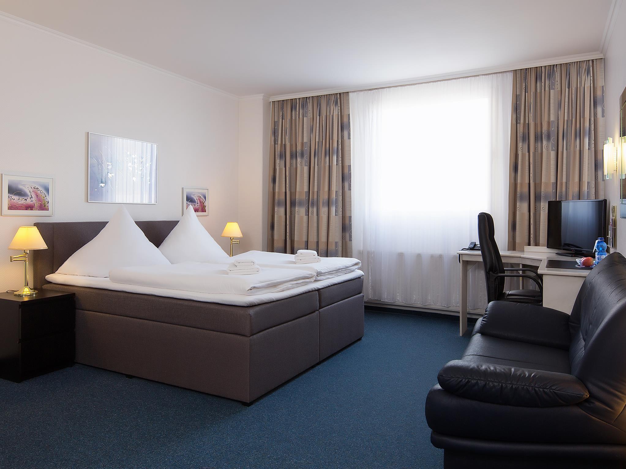 Hotel Berliner Baer - Hotell och Boende i Tyskland i Europa